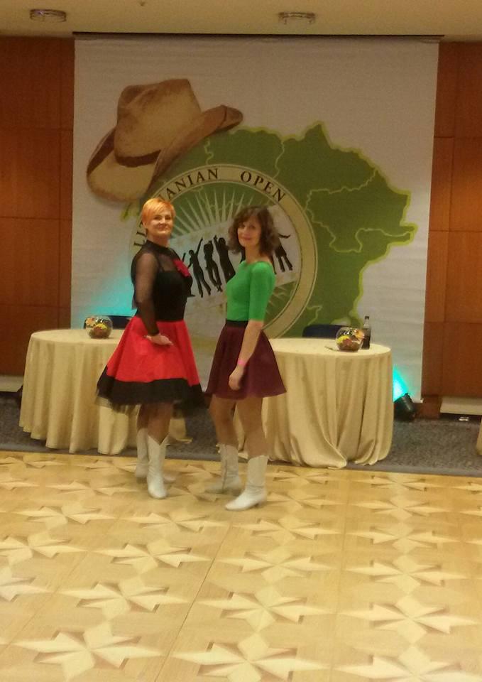 """Šokių studija """"Rūta"""" dalyvavo tarptautinėse linijinių šokių varžybose"""