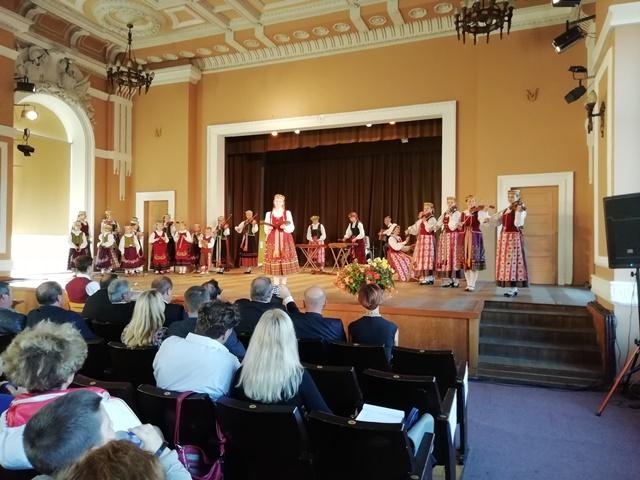 """""""Tarškučiai"""" koncertavo pasaulio folkloro profesionalams"""