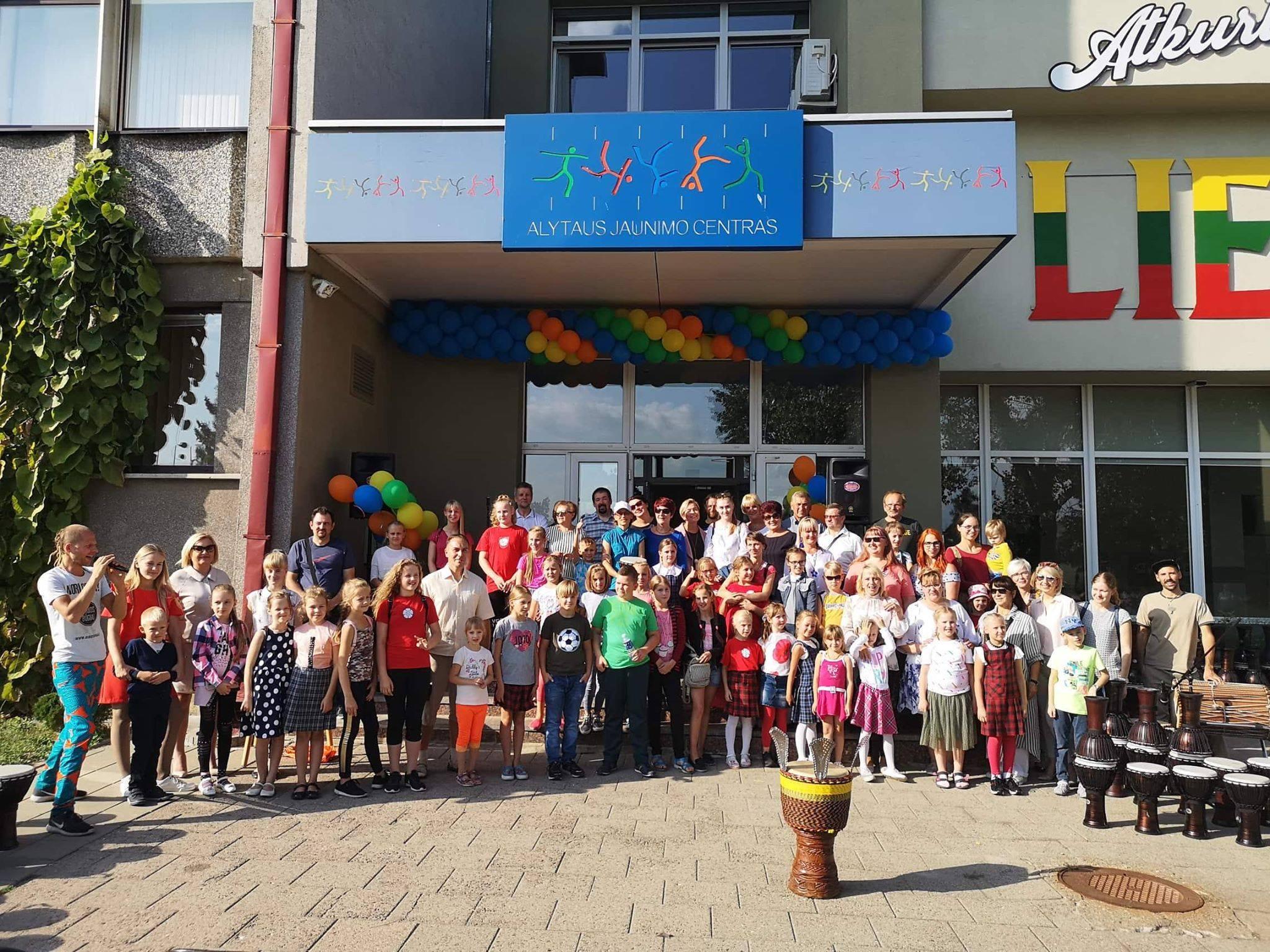Alytaus jaunimo centras naujus mokslo metus pasitiko garsiai