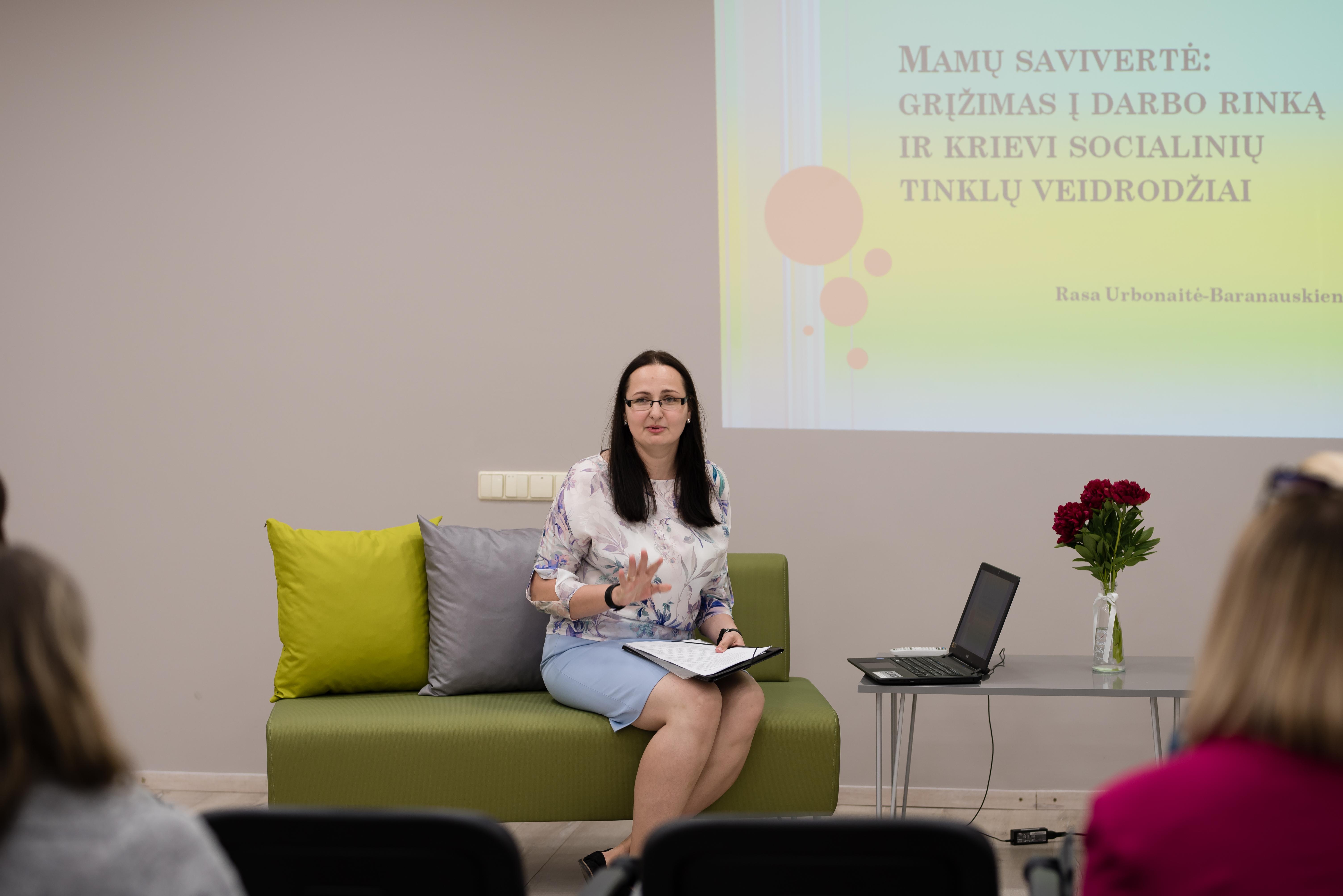 """Sėkmingų moterų seminaras """"Žavi mama"""""""