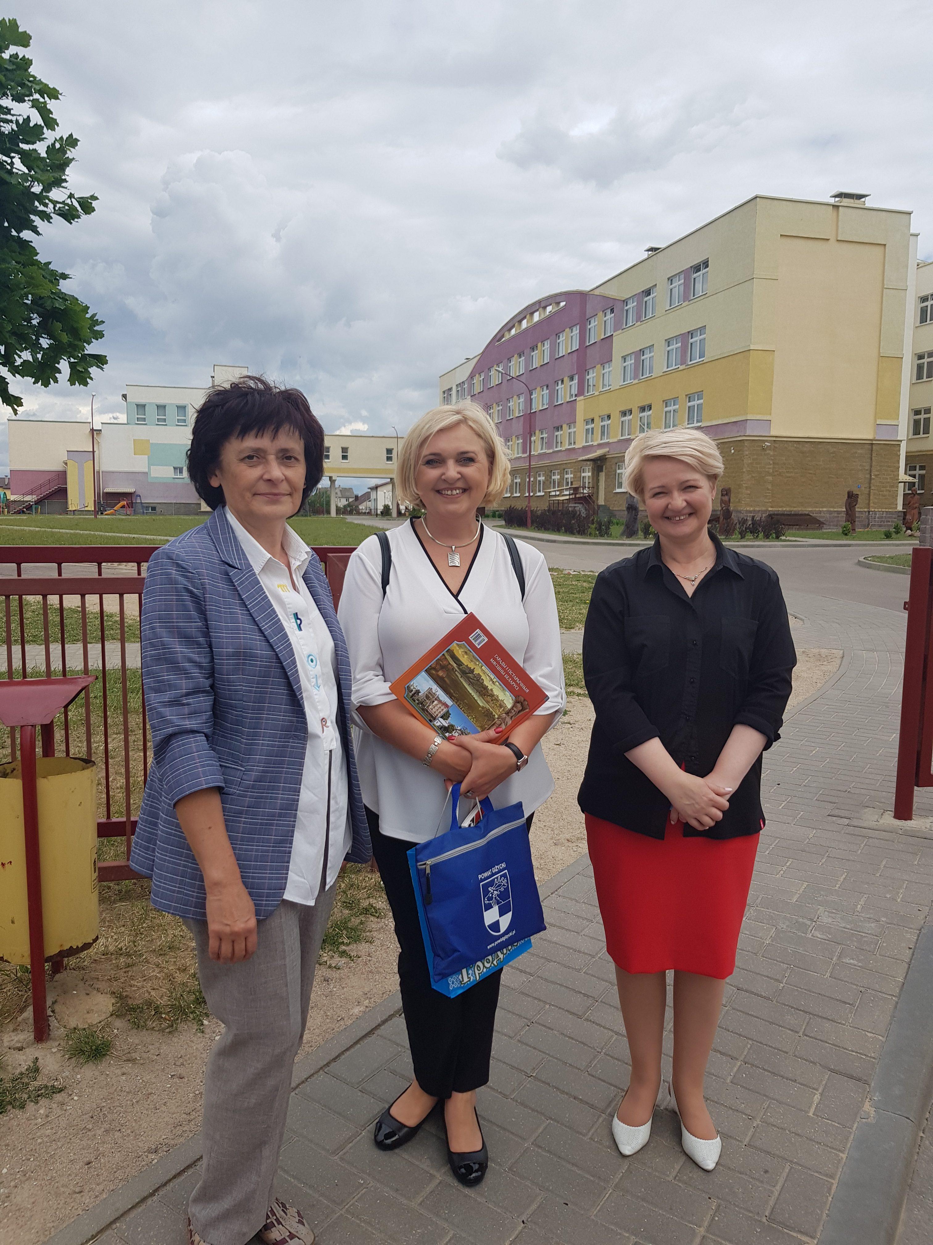Alytaus jaunimo centras pasirašė bendradarbiavimo sutartį su Gardino (Baltarusija) vidurine mokykla nr. 39