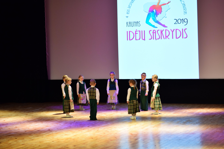 """Šokių studijos """"Tau"""" ugdytiniai dalyvavo šokio festivalyje-konkurse """"Idėjų sąskrydis 2019"""""""