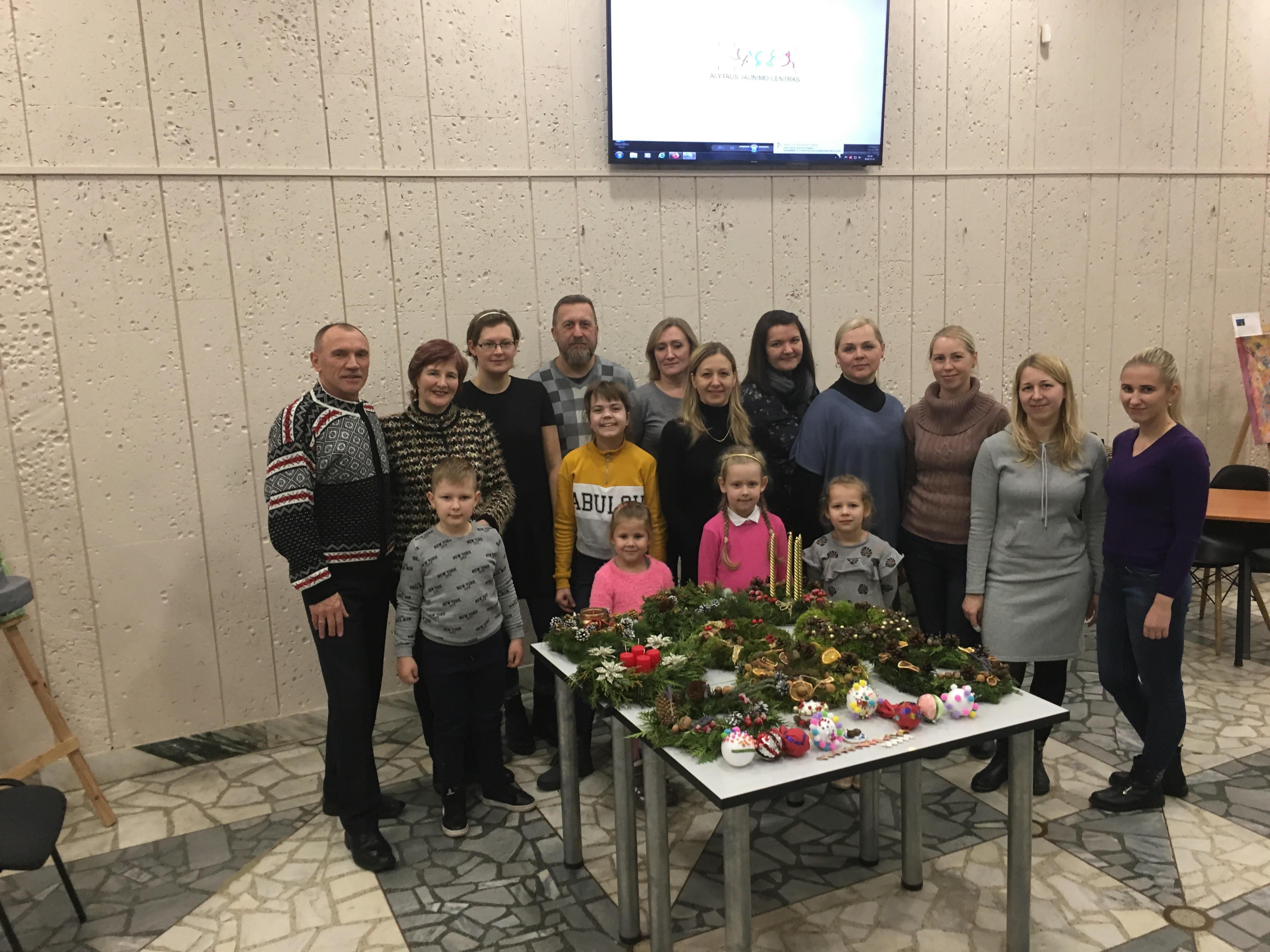 Pasiruošimas šventėms Alytaus jaunimo centre jau prasidėjo