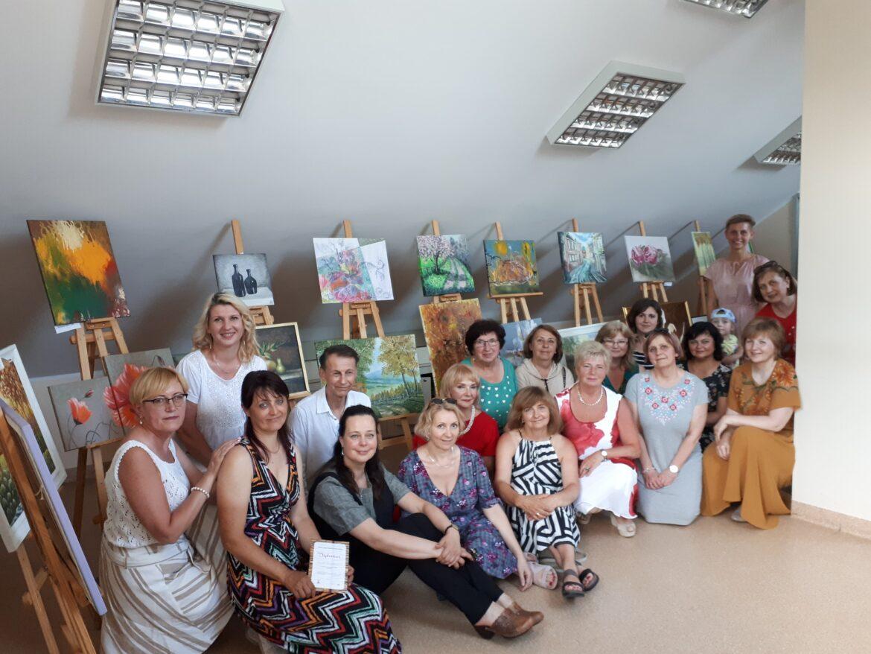Pivašiūnuose vyko Alytaus jaunimo centro suaugusiųjų dailės studijos veiklos pristatymas